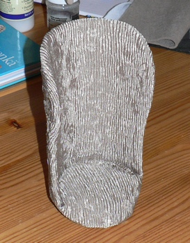Dīvāni un dīvāni Chair08