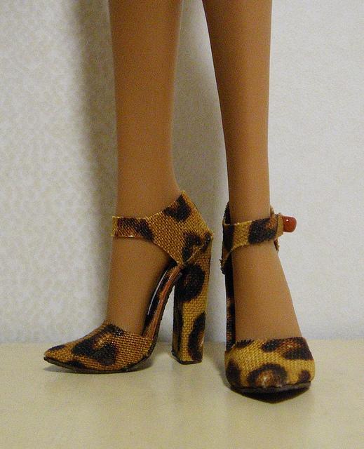 Обувь для барби из картона своими руками 11